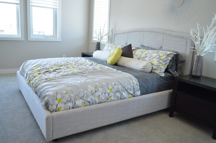 Latex and Hybrid are the Best Choices of King Size Mattresses in Hot Weather